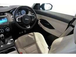 SUVならではの広々とした室内空間と実用性を兼ね備えた1台!