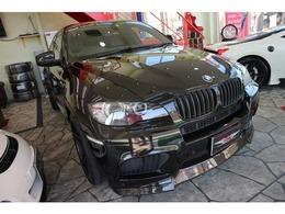 BMW X6 M 4.4 4WD ブレンボ アクラポ フォージド製22AW