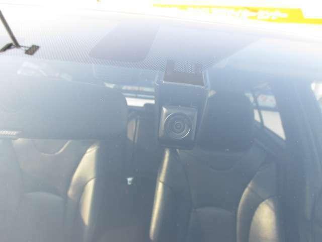 いざという時安心!ドライブレコーダー付きです☆