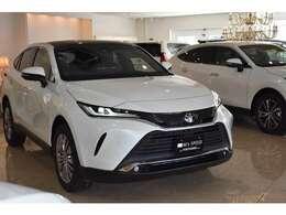 新車での販売なので、メーカーの新車保証が最長5年、10万kmのメーカー保証付きます。お近くのディラーで保証修理やアフターサービスを受けることができます。遠方のお客様でも安心してお乗り頂けます。