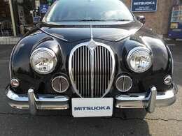 光岡メイクアップ車両です。
