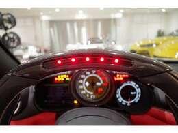 カラードレブカウンタージアロ・リアパーキングカメラ・20インチダイヤモンドカット鍛造ホイール・カラードブレーキキャリパー(ジアッロ・モデナ)
