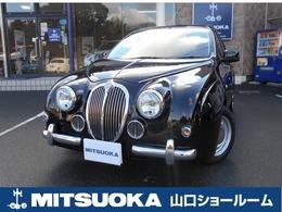 光岡自動車 ビュートハッチバック 1.2 なでしこ ストラーダナビ・赤革シートカバー・ETC