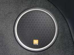 JBLプレミアムサウンドシステム搭載♪搭乗者を包み込むようなワンランク上の上質なサウンドでドライブを盛り上げます♪