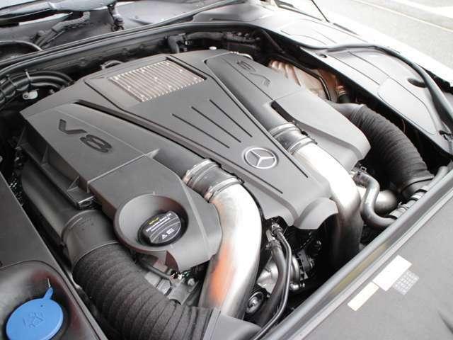 パフォーマンスと環境性能を高レベルで両立する4.7リッターV型8気筒直噴ツインターボBlueDIRECTエンジン!最新鋭のメルセデスのツインターボエンジンです!