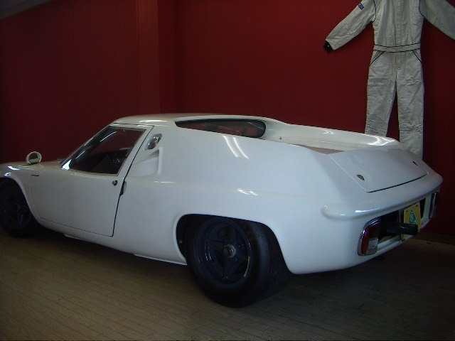 2001年にType 46シリーズ1を47仕様で製作した車です。10月7日、筑波本コースで走行します。見学希望の方はご連絡ください。