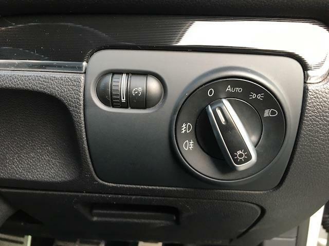◆オートライト【オートライトなのでライトのつけ忘れを気にすることなく運転が出来ます。】