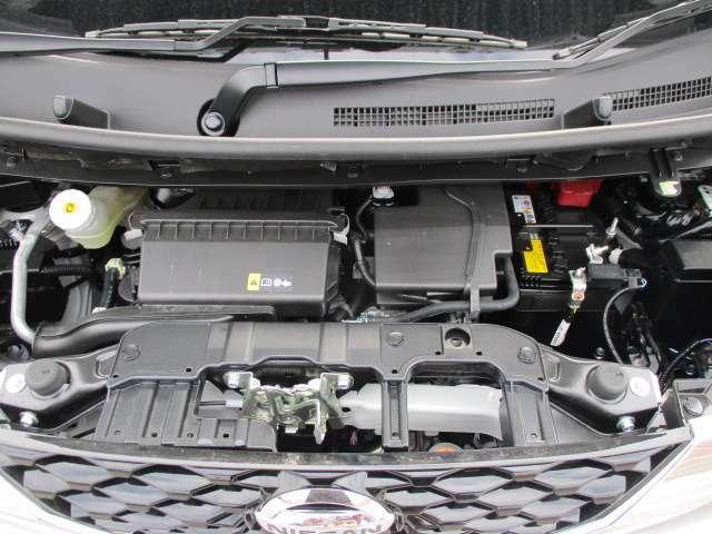 660CCのガソリンエンジンです。当店はこの他のお車も多数展示しております。お探しのお車がございましたらお気軽にご連絡下さい! Tel 097-543-1137大分日産自動車プレジールu
