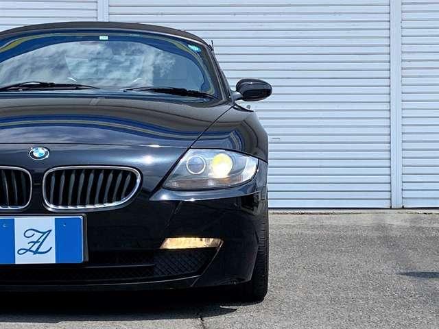 ★オープンタイプでフロント廻りが長いデザインのモデルではありますが、BMWは前後荷重配分を限りなく50:50に近づけるように設計されております。走行性能への拘りが強いBMWの走りを是非ご堪能ください★