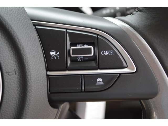 アダプティブクルーズコントロール搭載で、車間距離を保ちながら、自動的に定速走行・加速走行・減速走行、さらに停止まで自動追従サポートします