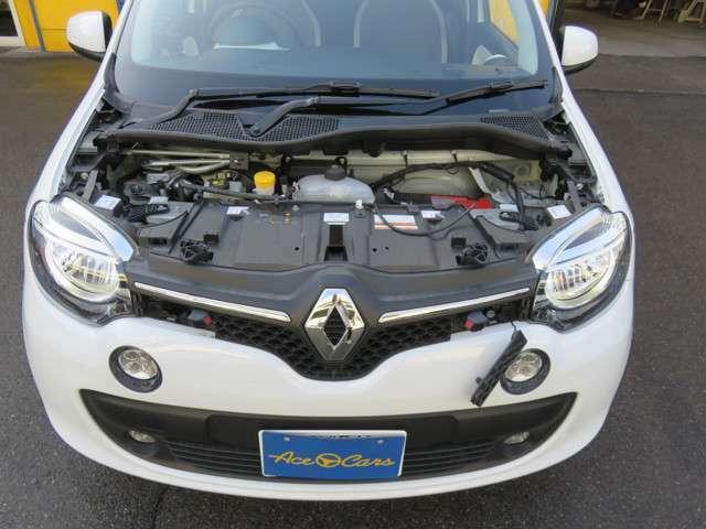 当社は車検、修理、事故等に対応させて頂くために積載車、レンタカー完備、代車は25台程ご用意させて頂いております。ご安心してお任せ下さい。