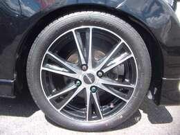 ブラックポリッシュアルミホイール、新品タイヤ
