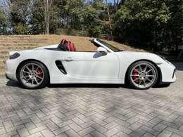 かなり貴重なお車です。内外装共に非常にきれいな状態です。