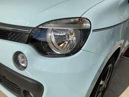 ハロゲン式のヘッドライト&フォグは明るいHIDへの交換も可能です。