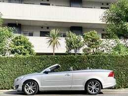 ボルボのカブリオレは2013年が最終となり、以降新車では販売されておらず
