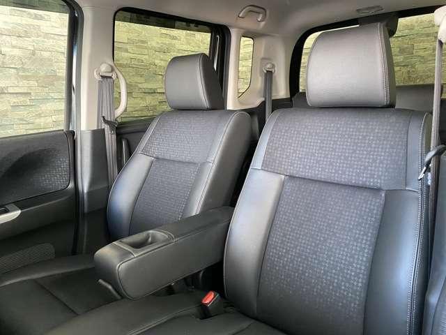 座り心地の良いしっかりとしたシートを採用しています。