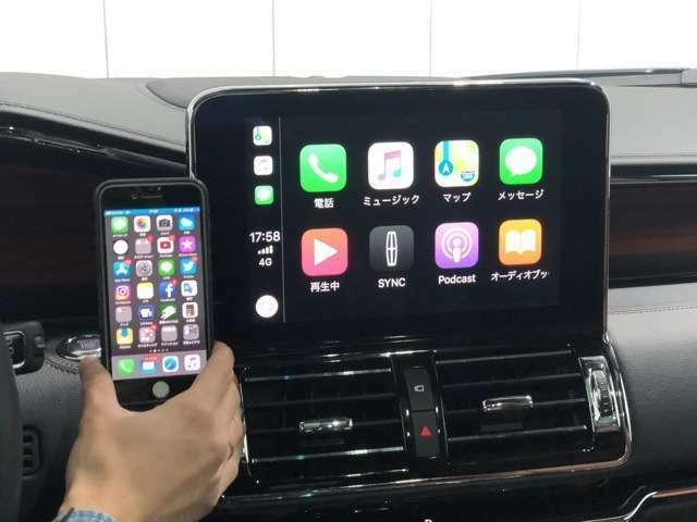 10インチLCDディスプレイには話題のApple Car Play/Android autoが装備され、スマホを接続させることでスマホ内蔵のナビが使えます!さらに通話やショートメールの送受信、ミュージックの再生が可能です。