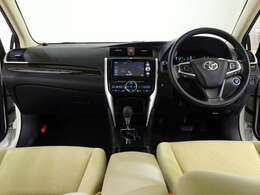 視界良好、操作しやすい運転席です。