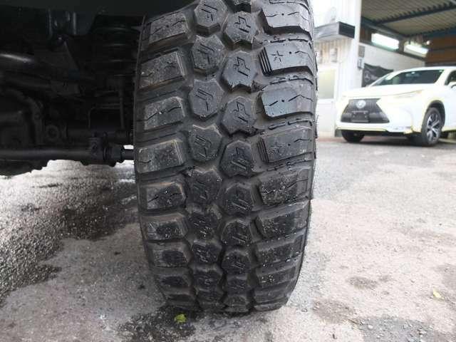 タイヤも約9分以上残溝御座います。
