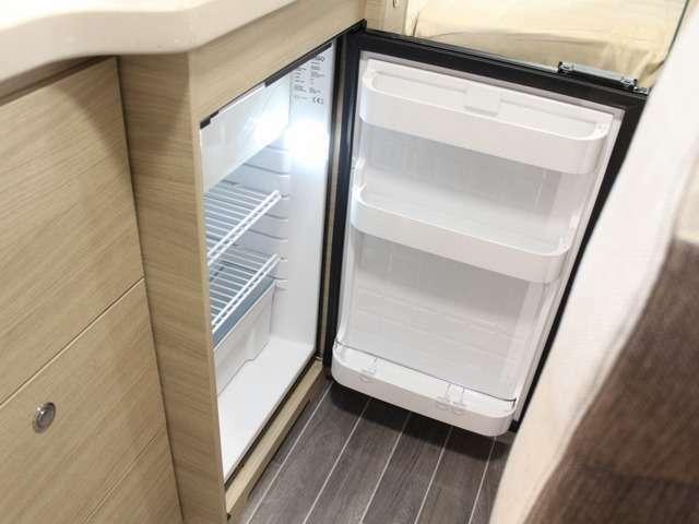 ☆85L冷蔵庫を組み込んだ機能性あるキッチンスペース☆