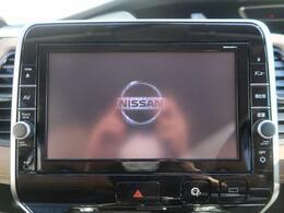 純正SDナビが装備されております。フルセグテレビやDVD再生など様々なメディアに対応しております。ハイスペックナビゲーションです。