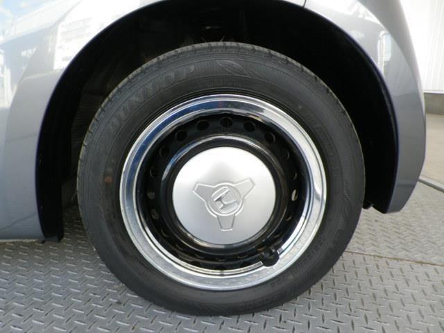 タイヤサイズは155/65R14です