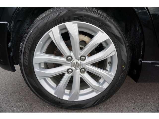 185/55R16 純正アルミホイール タイヤ残り溝が少ないので特別斡旋価格で提供します。