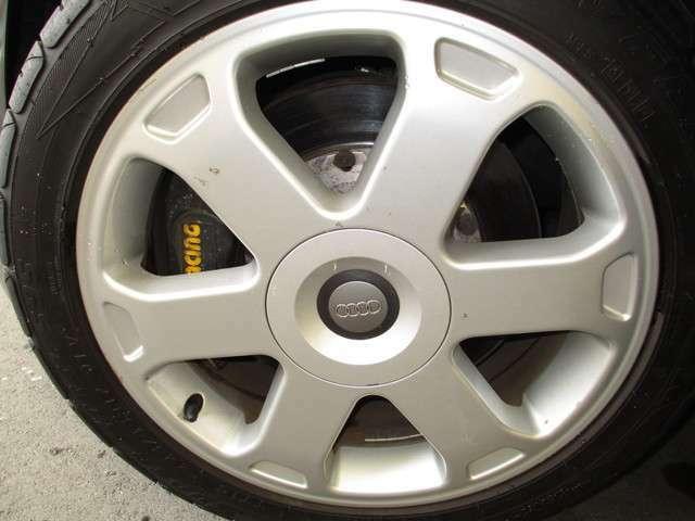 AP製ブレーキキット付にタイヤの山も有ります