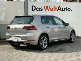 他車からの視認性にも優れ、魅力あるデザイン性能のフォルクスワーゲンのリアスタイルは、どのモデルも不変です。
