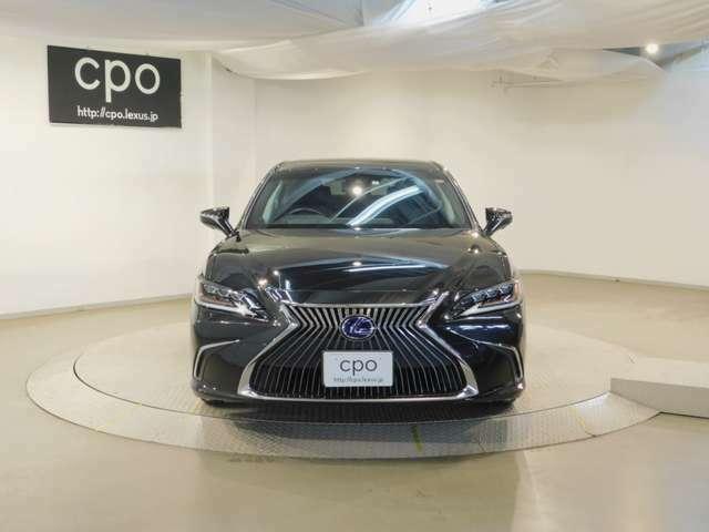 こちらのお車は、CPO(Certified Pre-Owned=認定中古車)となります。厳しいレクサス基準をクリアした認定中古車をさします。