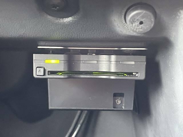 ETC車載器装備。高速道路の使用の多い方には欠かせません。
