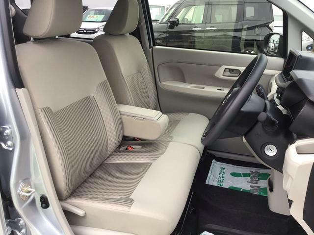 【運転席シート】 軽自動車と感じさせないと思うほど程に広々としたシートです!ぜひ実車にてお確かめ下さい!