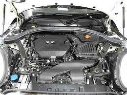BMW製2.0L直列4気筒クリーンディーゼルエンジン。190PS/400Nm(カタログ値)