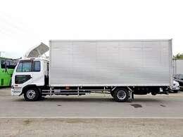 車両総重量7980kg 最大積載量2600kg