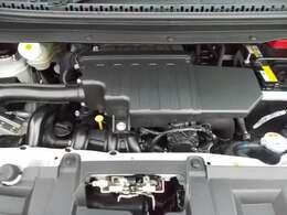 ご納車の前にサービス工場で車検点検整備(法定24ヶ月点検)を行い、エンジンオイル・オイルフィルター・ワイパーゴム・その他消耗品を交換いたします。