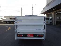積載2トン 車両総重量4795kg