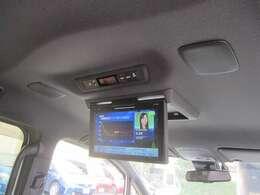 禁煙車!トヨタセ-フティセンス/ダイナミックエアロスタイル/純9インチSDナビフルセグTV/Bカメラ/後席12インチフリップダウンM/両側自動ドア/スマキ-/ETC/クルコン/TRC/革巻Hヒ-タ-付/LEDライト&LEDフォグ/純15AW/