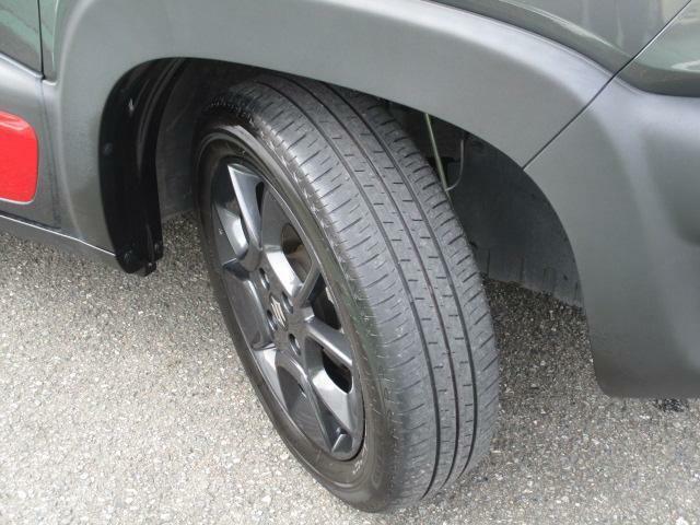 ブラック塗装を施した純正16インチアルミホイール★【175/60R16】タイヤの溝も、まだまだ!くわしくはスタッフへ。