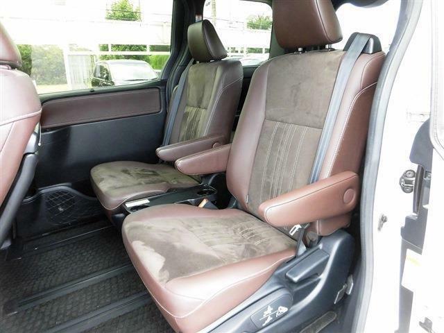 後期型・セーフティセンス・フルセグナビ・後席モニター・両側自動ドア・ハーフレザー・シートヒーター・LEDライト・フォグLED・ウッドコンビハンドル・クルーズコントロール・Bluetoothオーディオ