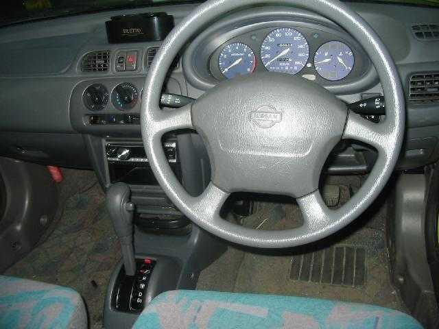 フロアAT車!CD付♪