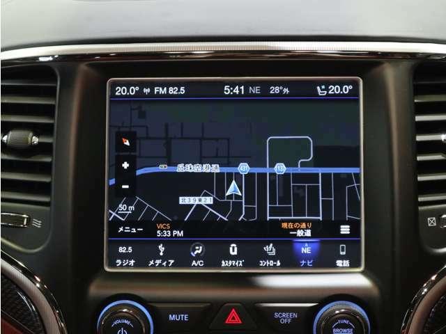 Jeep 純正ユーコネクトタッチパネルモニター!テレビやナビだけでなく、空調や車両設定なども操作が可能です!
