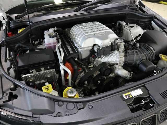 6.2L  V8 エンジン!