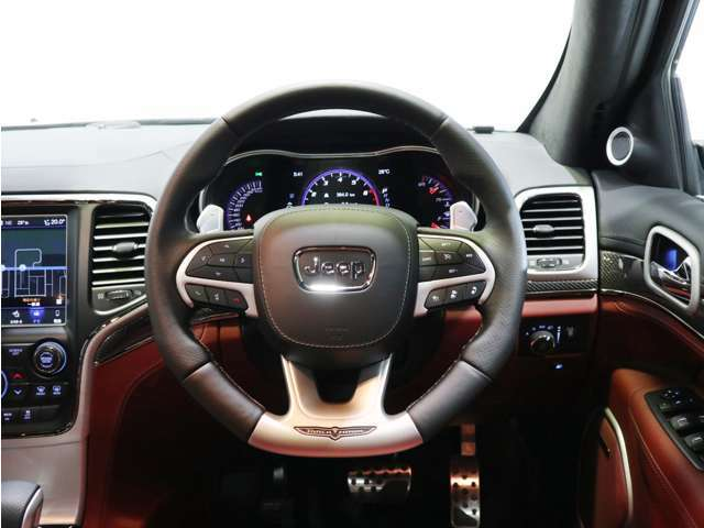クルーズコントロール、ACC(アダプティブクルーズコントロール)付き!長距離ドライブでも運転手を快適にサポートします!