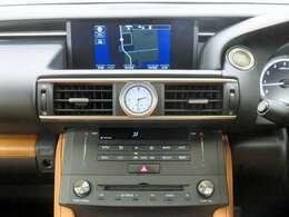 ■純正SDナビ/フルセグTV/バックモニター/Blu-ray/CD/DVD/SD/USB/Bluetooth/レクサスプレミアムサウンドシステム/前席左右独立調整機能付きオートエアコン!