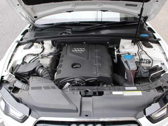 直列4気筒DOHC16バルブICターボ。扱い易さに優れた2000ccターボエンジン