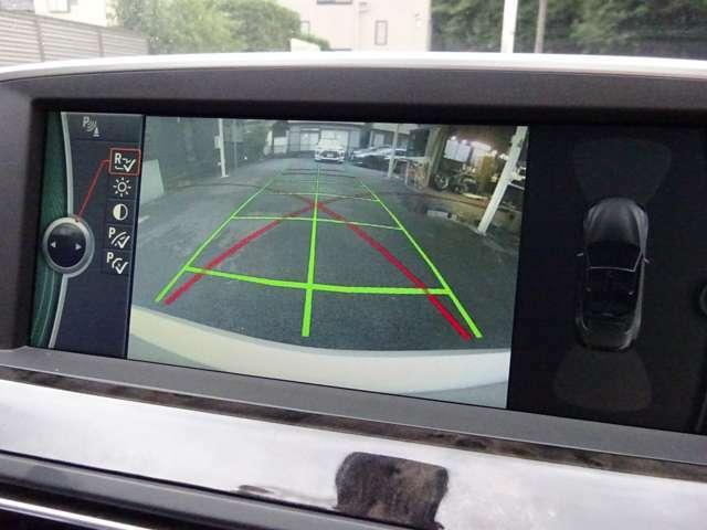 バックカメラ搭載で、駐車も安心です!