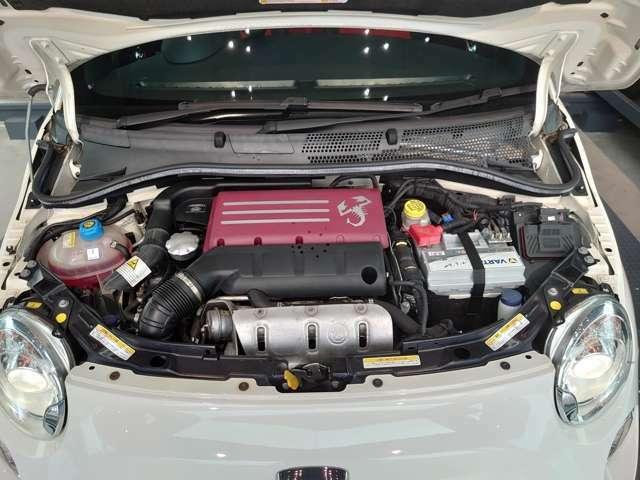 ギャレット製のターボチャージャーを備えた160ps(カタログ値)の1.4Lターボエンジン。