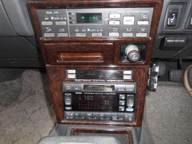 純正ラジオ、エアサス良好