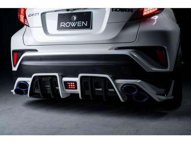ROWEN4本出し車検対応マフラーを装着しております。標準装備は、ステンレスカラーのテールエンドですが、ご希望のお客様は追加費用にてチタンテールカラーへのご変更も可能となります。