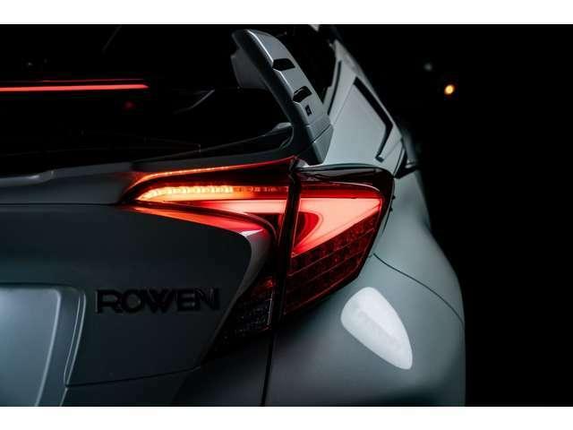 実質金利2.9%からとなります。C-HR ROWENコンプリートカー!ハイブリッド1.8S!ROWENパーツ多数装着!多くの装備を装着しております!